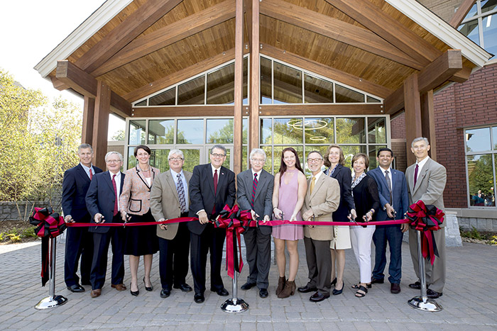 Center for Molecular Medicine Ribbon Cutting